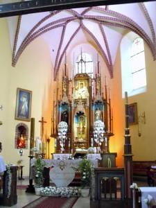 Słynący łaskami obraz Matki Bożej w ołtarzu głównym kościoła w Sobocie
