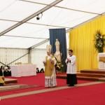 Bp Bernard Fellay głosi kazanie podczas Mszy św. z okazji 25-lecia konsekracji biskupich