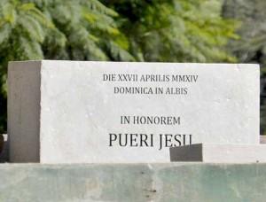 Kamień węgielny pod budowę kościoła nowicjatu Zgromadzenia Sióstr FSSPX w Pilar