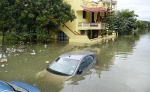 Zniszczenia spowodowane w tym roku przez monsunowe deszcze w samej tylko prowincji Tamil Nadu są nieoficjalnie szacowane na 7,5 mld dolarów.