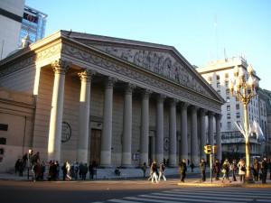 Fasada katedry pw. Trójcy Przenajświętszej w stolicy Argentyny Buenos Aires