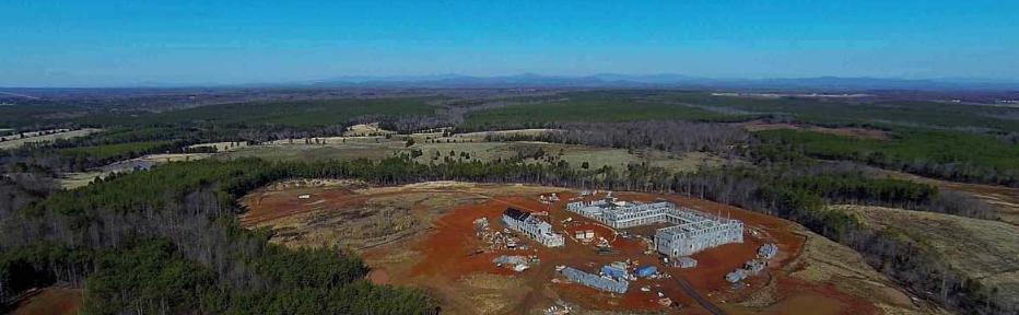 Plac budowy nowego północnoamerykańskiego seminarium FSSPX widziany z lotu ptaka