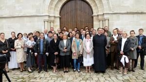 Ks. Ksawery Beauvais wśród uczestników spotkania w Noisy-Le-Grand