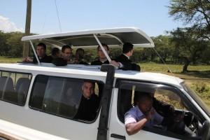 Klerycy z seminarium w Winonie podczas safari w Kenii