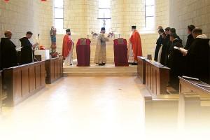 Bizantyjskie nieszpory celebrowane w klasztorze dominikanów w Avrillé we Francji